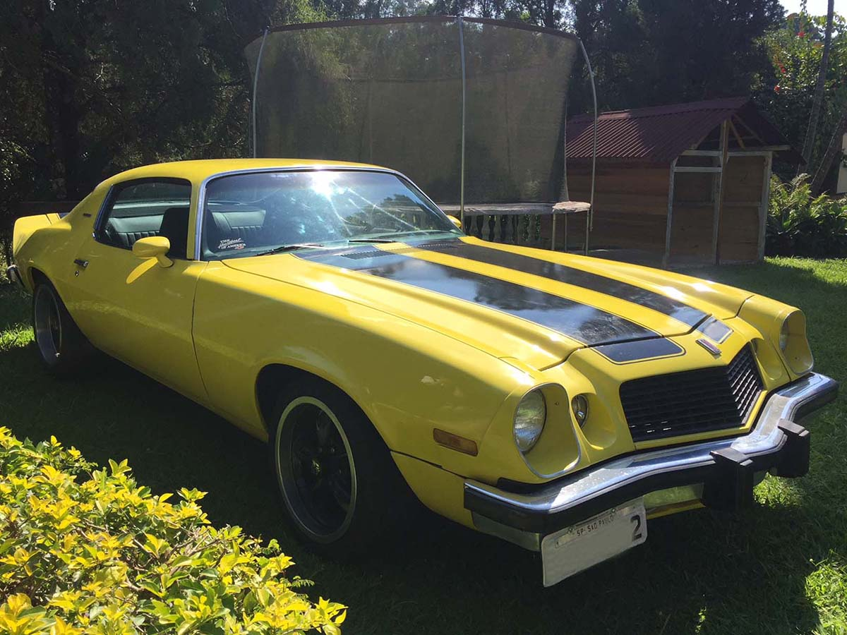 GM Camaro Amarelo 1974 Bumble bee