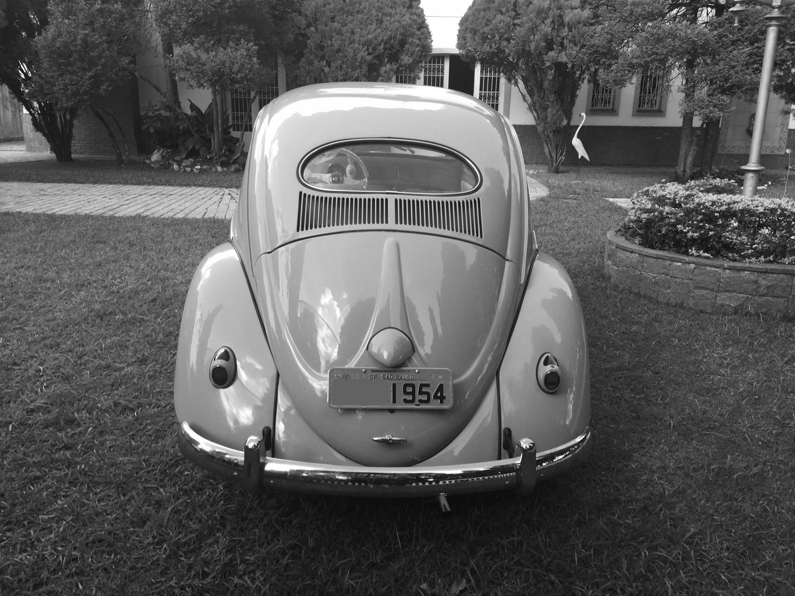 VW Fusca Oval Light Beige 1954
