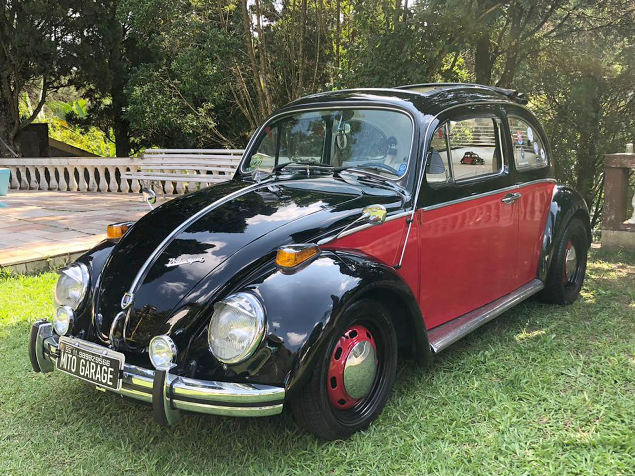 VW Fusca Black Red 1971