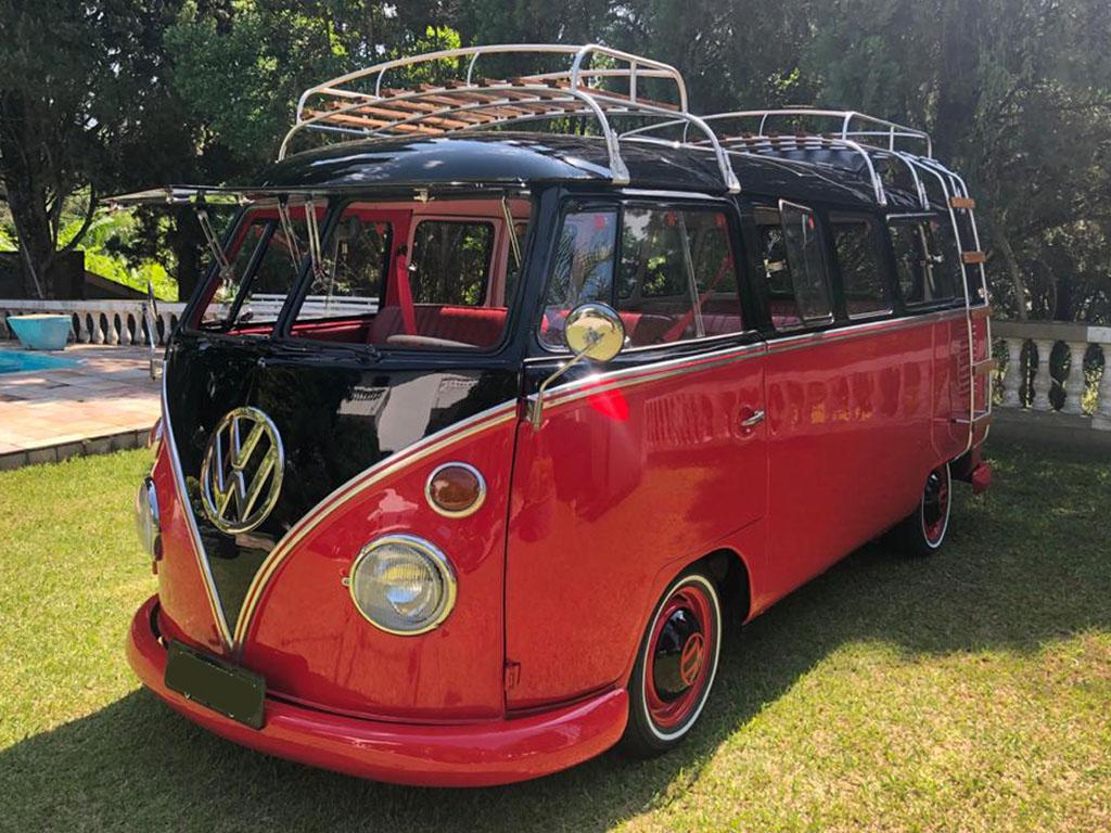 VW Kombi T1 Black Red Ragtop 1974