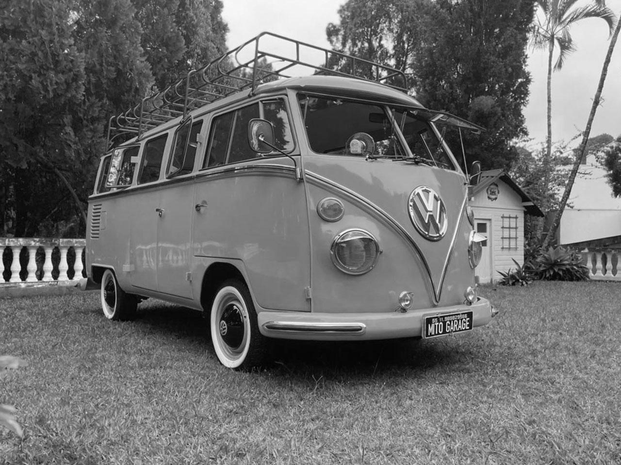 VW Kombi T1 Caiçara Blue 1975