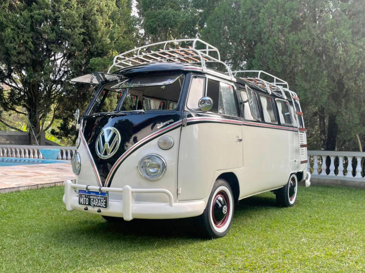 VW Kombi T1 White and Black 1966